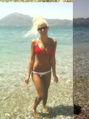 Viva from Maryland is looking for adult webcam chat