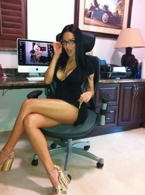 Katharyn from Maryland is looking for adult webcam chat